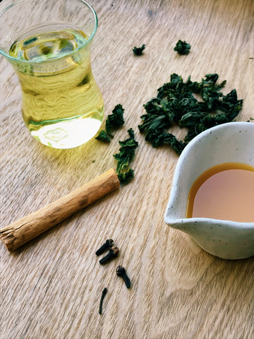 The Steepery Tea Co. - Green oolong with orangey syrup
