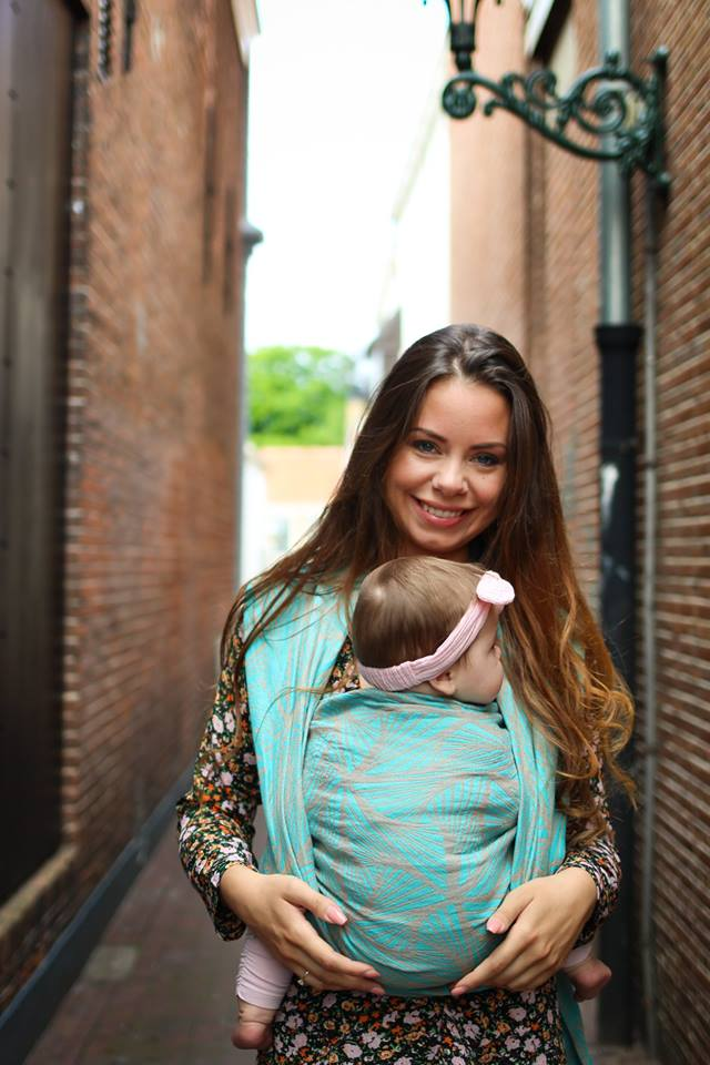 Yaro Magnetic Contra Aqua Sand Linen Ring Sling | Hug and Cuddles