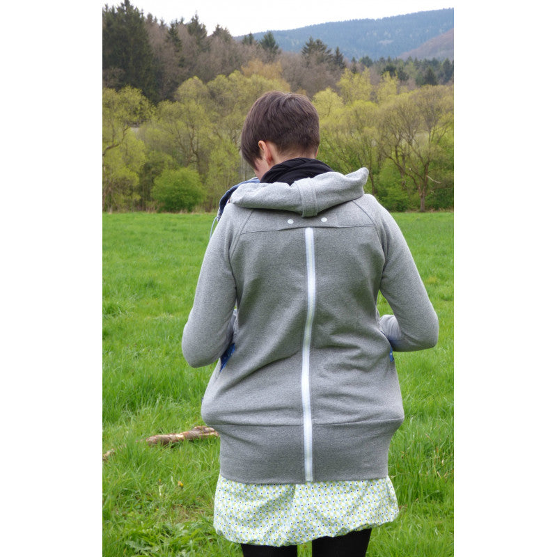 Made by Zuz - Babywearing Sweater - Hug and Cuddles Canada