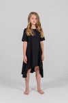 Black short-sleeve filly dress