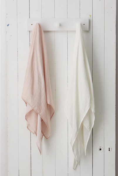 Muslin Wrap Rose_Chalk.png