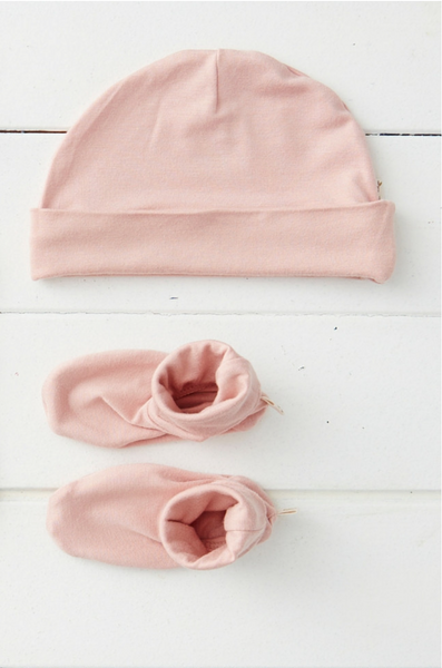 Boody Beanie & Booties Rose.png