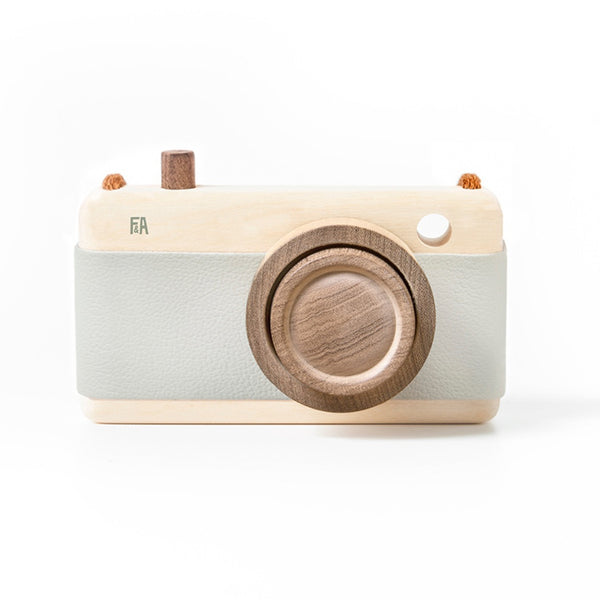 Wooden + Leather Camera | Breeze