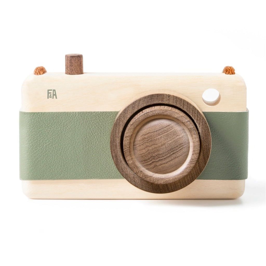 Wooden + Leather Camera | Green