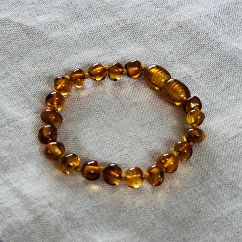 Honey Polished | Baltic Amber Child Screw Clasp Bracelet