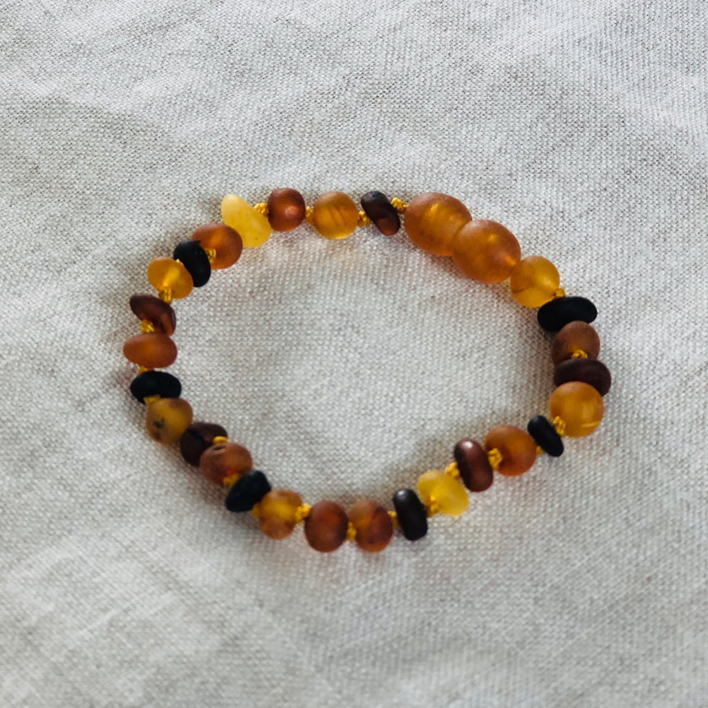 Mixed | Raw Baltic Amber Child Screw Clasp Bracelet
