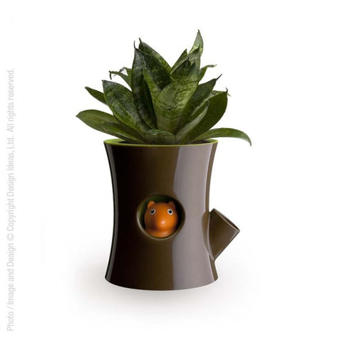 Log & Squirrel Plant Pot