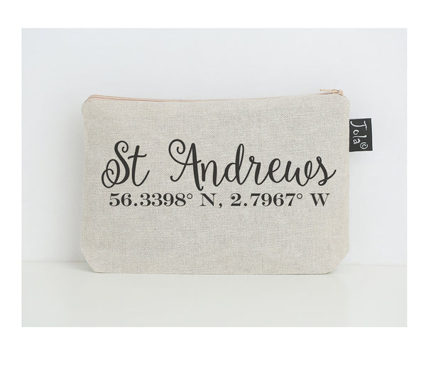 Coordinate St. Andrews cosmetic bag