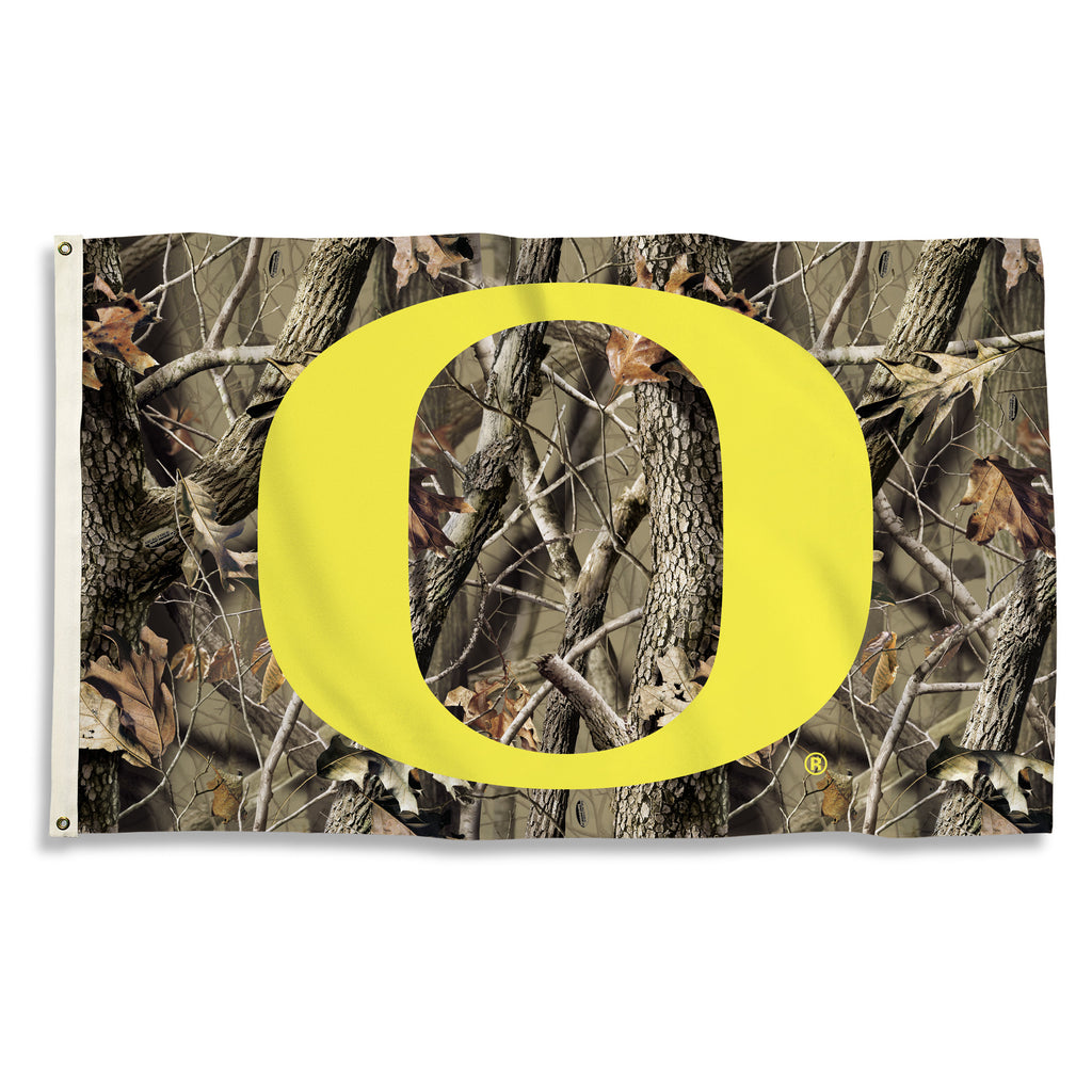 NCAA Officially licensed products Oregon Ducks 3 Ft. X 5 Ft. Flag W/Grommets - Realtree Camo Background Show everyone that y