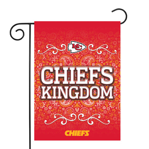 "CHIEFS GARDEN FLAG (13"" X 18"") WITH POLE"