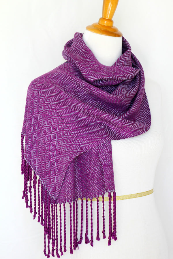 Woven scarf in purple colors, bamboo scarf, summer scarf, long scarf with fringe