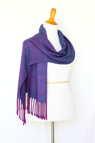 Woven scarf in teal and purple colors, bamboo scarf, summer scarf, long scarf with fringe
