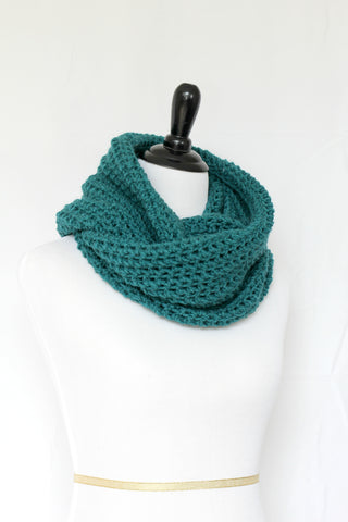 Crochet cowl in teal color, chunky infinity scarf