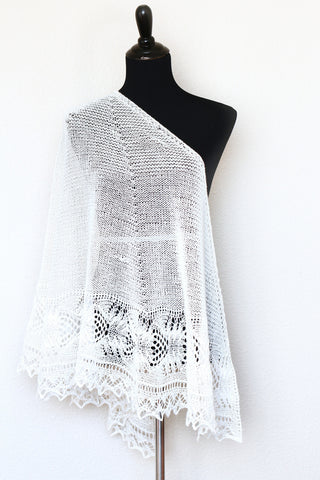 Knit shawl in white color with lace border, Freesia shawl