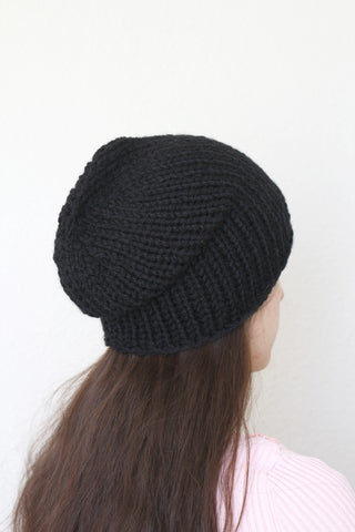 Beanie hat, knit hat, slouchy hat, knit beanie in black color