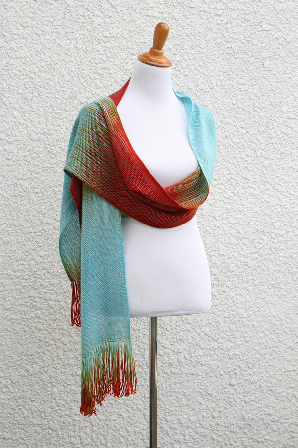 Woven wrap for women
