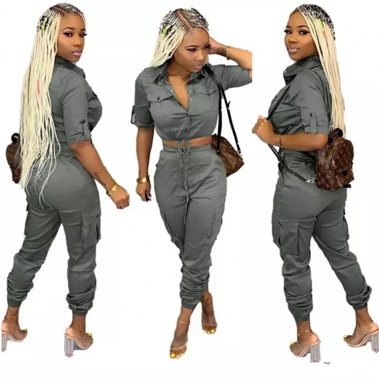 Cargo pants and crop set