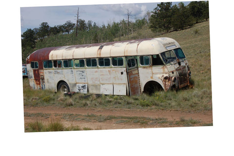 Junkyard Cars Photo Art  T-Shirt Fitzjohn Bus rusty Car