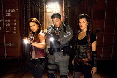 Resident Evil Afterlife Cast Movie Poster 24x36 - Fame Collectibles