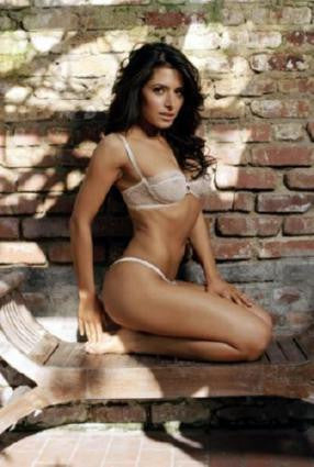 Sarah Shahi Poster 24in x 36in - Fame Collectibles