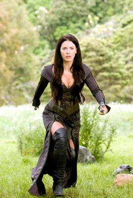 Legend Of The Seeker Bridget Regan Poster 24x36 - Fame Collectibles