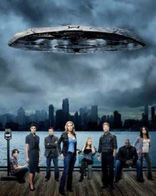 V Poster Tv Series 2011 24inx36in - Fame Collectibles