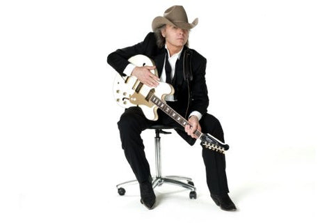 Dwight Yoakum Poster 24inx36in Poster 24x36 - Fame Collectibles
