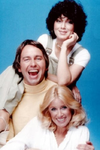 Threes Company Poster 24inx36in (61cm x 91cm) - Fame Collectibles