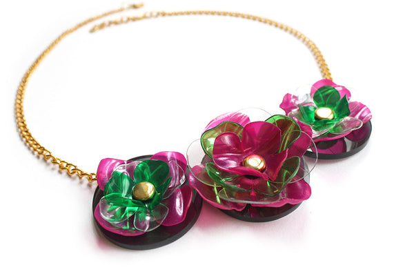 Plastic_Bottle_Flower_Necklace_Purple