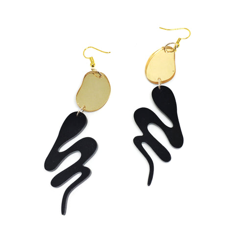 Hollow Gold Design Drop Earrings