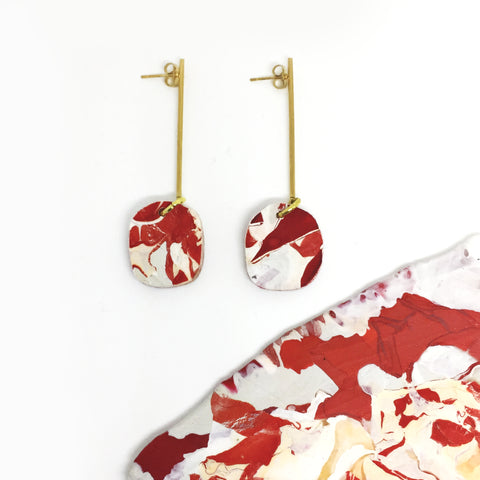 red-circle-gold-stick-earrings