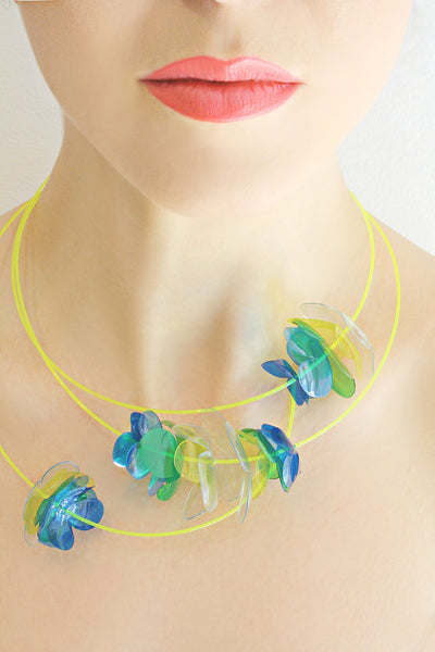 Plastic_Bottle_Necklace_in Yellow_Blue
