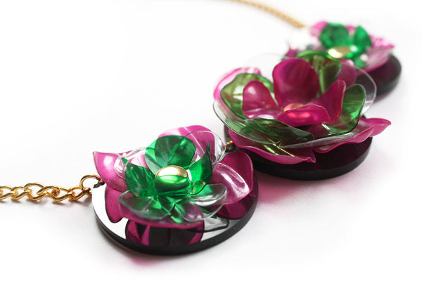 Acrylic_Plastic_Botle_Flower_Necklace