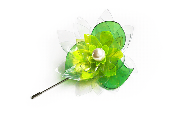 Pin-brooch-with-pearl-water-lily-by-ENNA