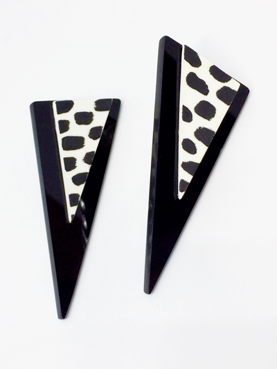 black_triangle_stud_earrings