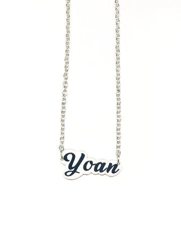 silver-chain-name-necklace