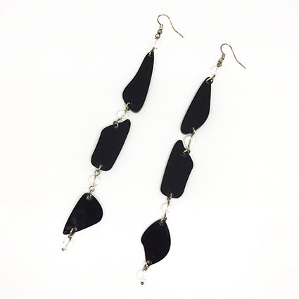 Maxi Statement Oval Shapes Earrings in Black