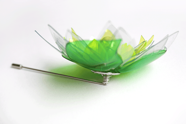 Green-upcycled-pin-brooch-by ENNA