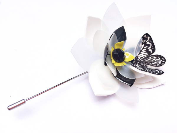 flower-brooch-with butterfly