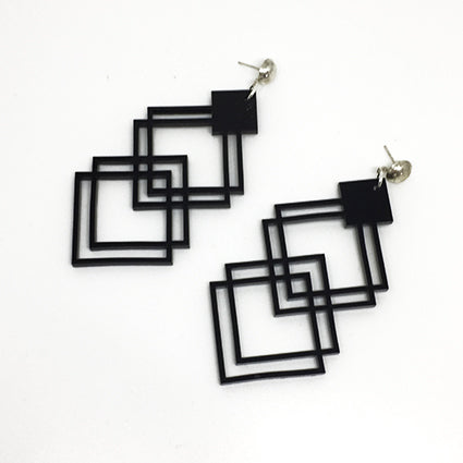 hollow drop earrings in black