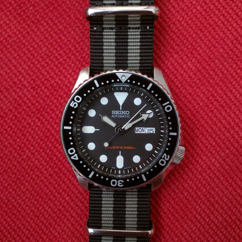 Seiko SKX007 with a Bond Nato Strap