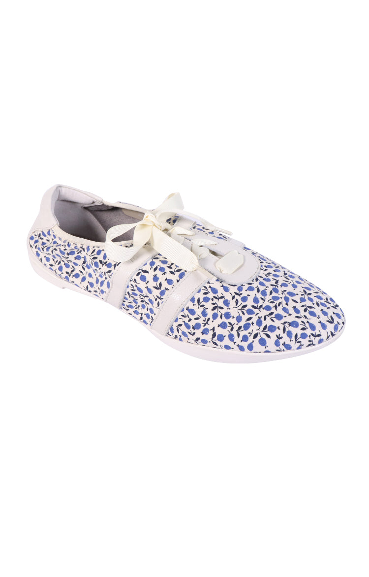 Classic Elegance White City ( Liberty Blue)