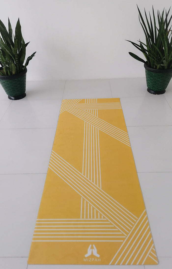 Suede 77 Line Travel Yoga Mat in Mimosa