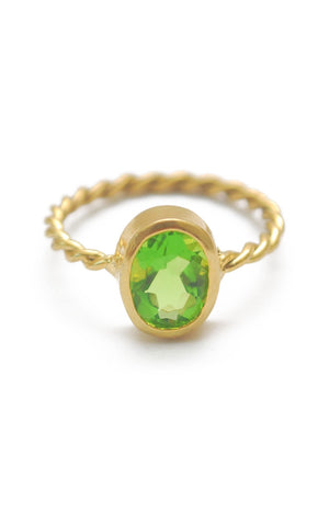 Panopio Stackable Ring - Peridot Oval
