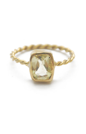 Panopio Stackable Ring - Lemon Quartz Emerald