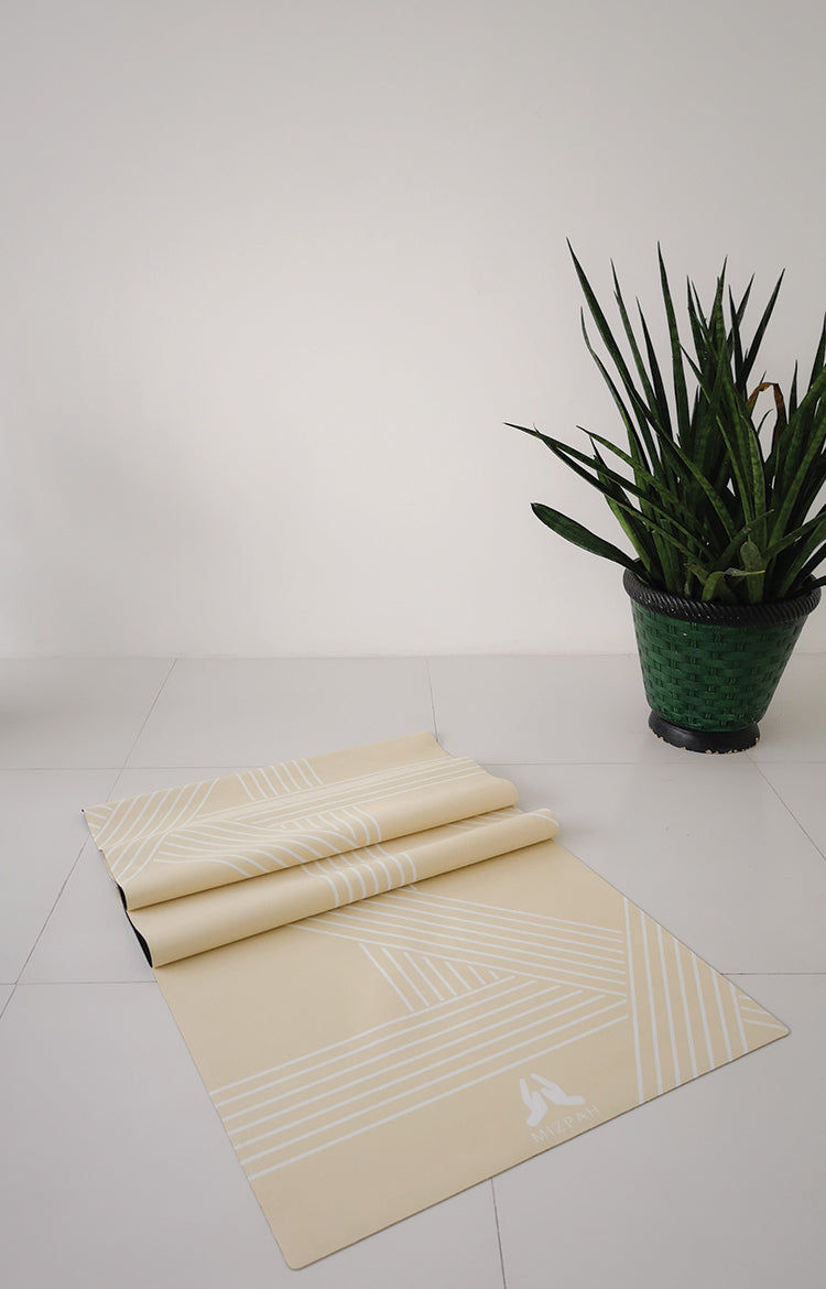 Suede 77 Line Yoga Mat in French Vanilla
