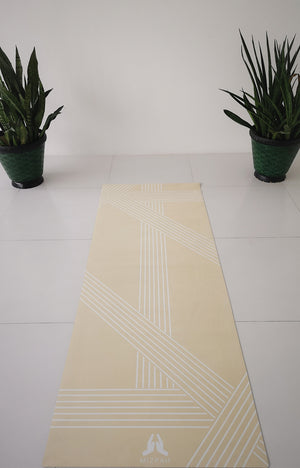 Suede 77 Line Travel Yoga Mat in French Vanilla