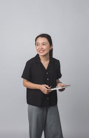 Plain Black Short Sleeves Loose Women's Polo