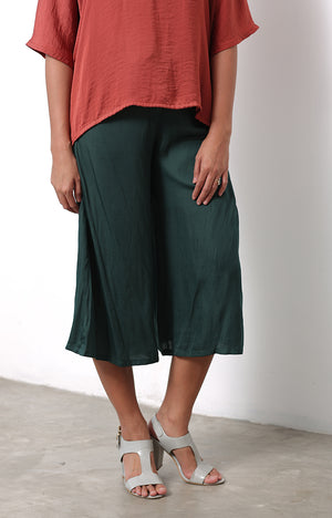 Nyon Culottes Pants in Olive Green