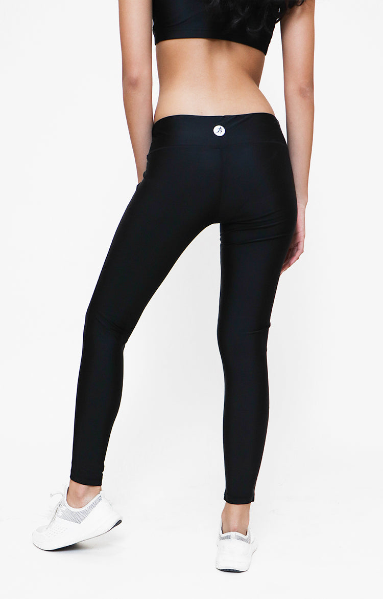 Womanly Dry Fit Leggings